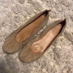 Nine West Tan Carmen Scrunch Ballet Flats Size 9